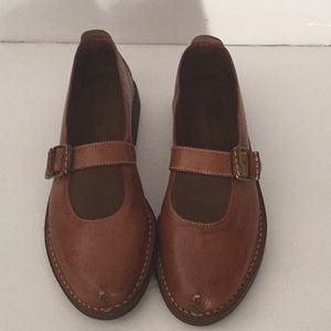 COLE HAAN MADE IN BRAZIL